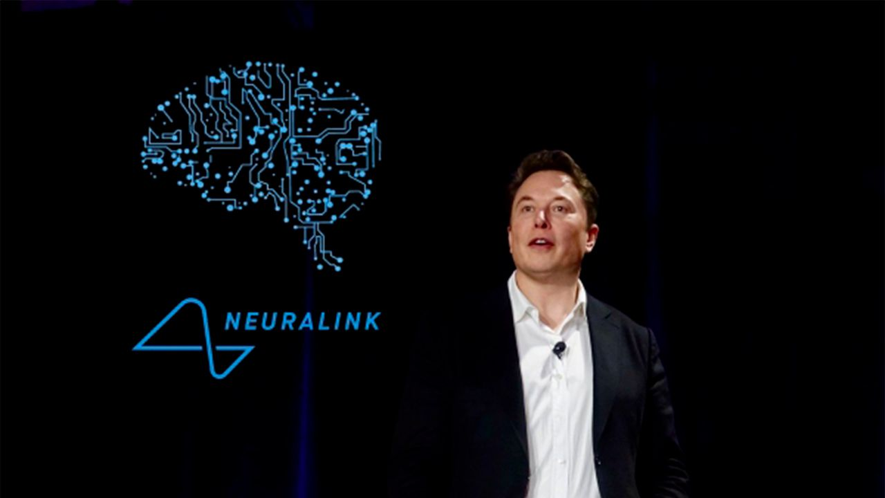 Elon Musk set to show off working brain-hacking device