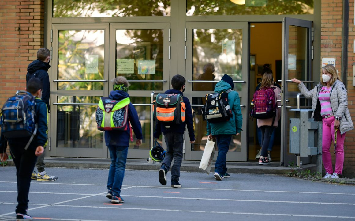 Building resilience in children: back to school during a pandemic