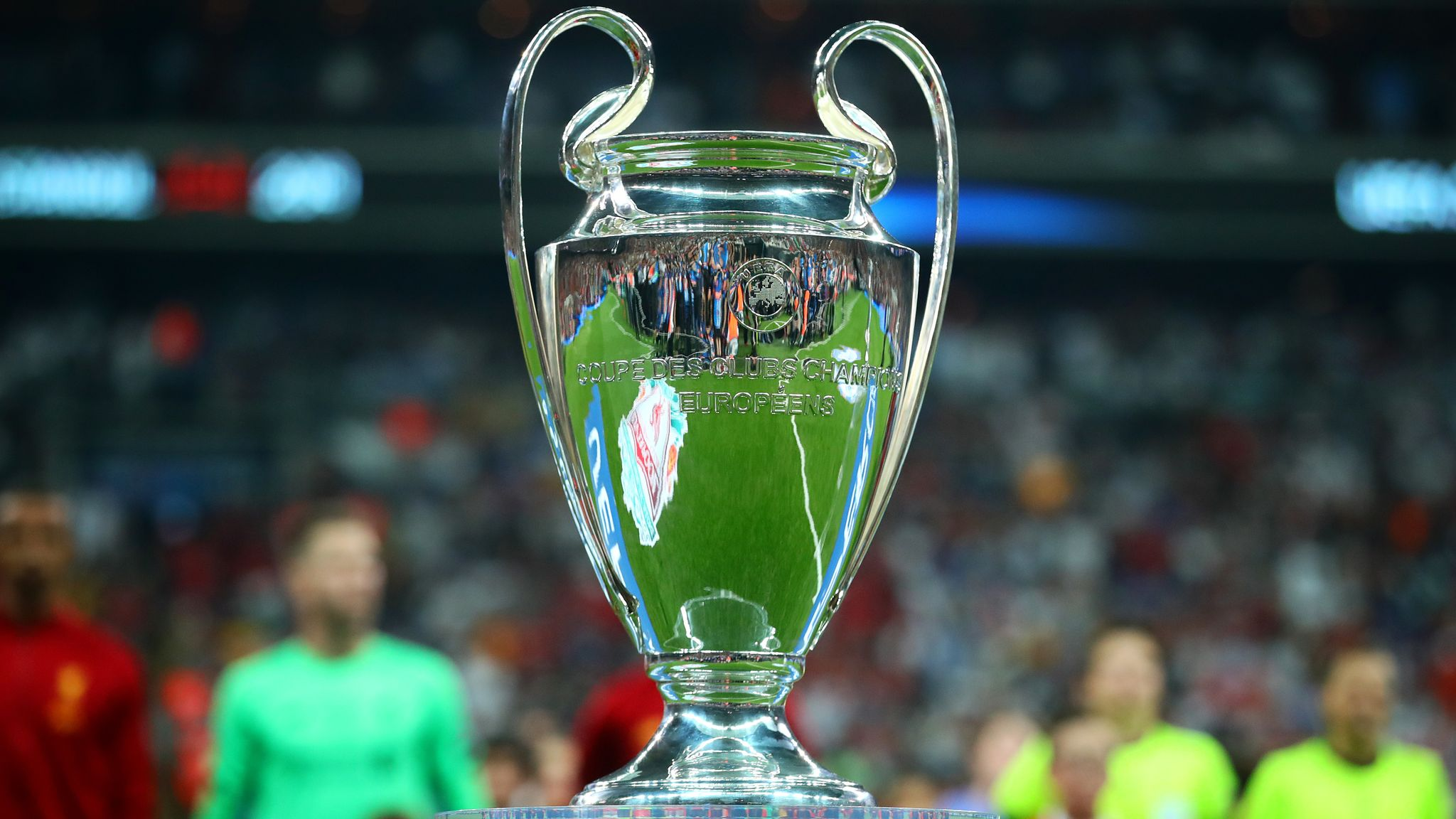Champions League round-up: Barcelona, United make it two from two