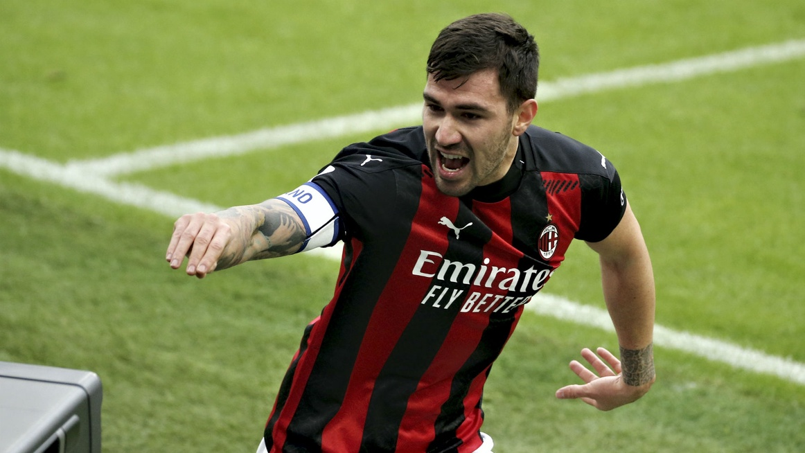 Milan 2-0 Fiorentina: No Zlatan, no problem for Serie A leaders