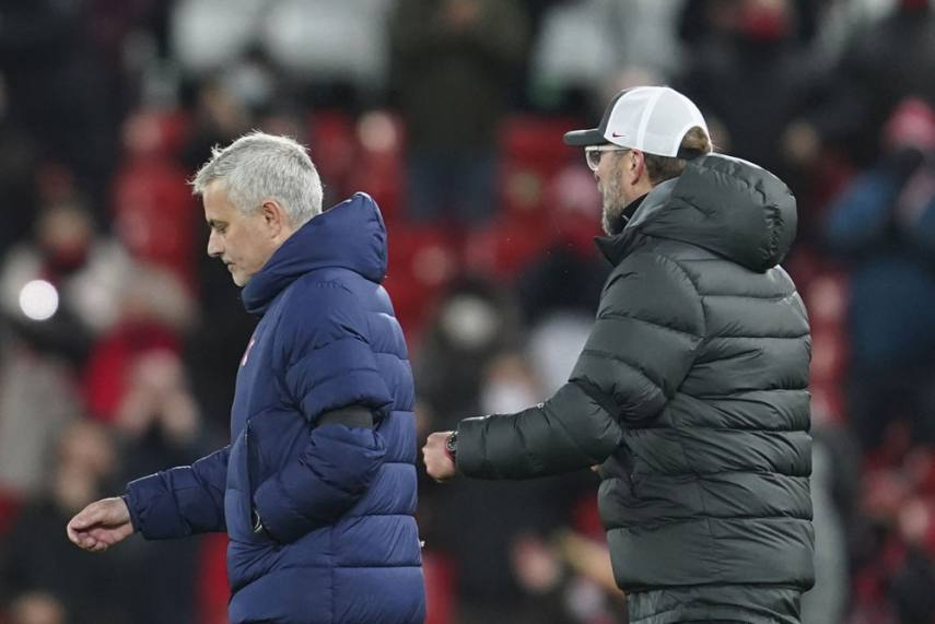 Mourinho attacks Premier League managers for touchline antics